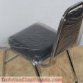 Venta de sillas apilables acojinadas.
